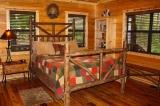 castlewood_trails_bedroom2_beavers_bend_cabin